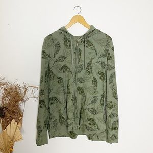 Northern Reflections | Green Feather Hoodie | XXL